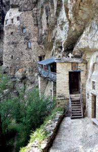 isposnica MALA 193x300 Испосница Светог Саве: Осам векова место тиховања