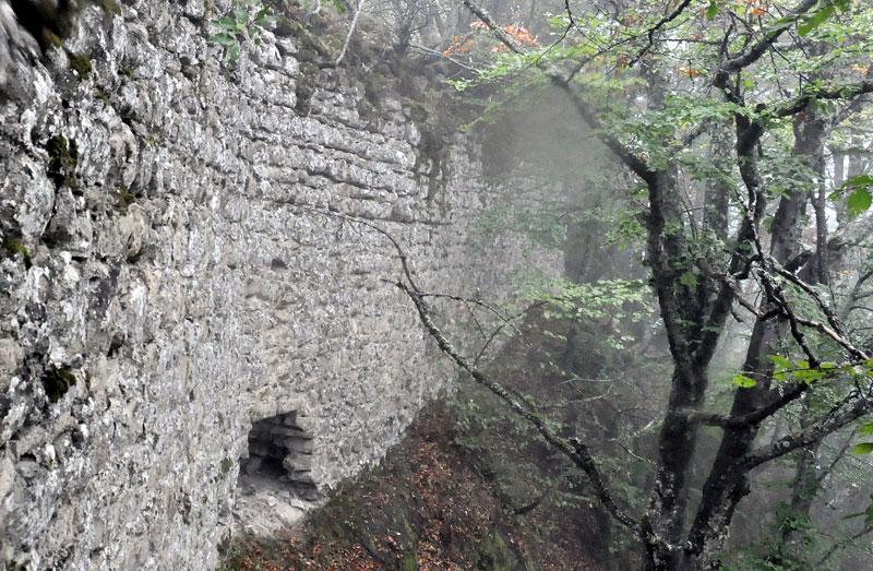 Јелеч: Тајанствени град над облацима Zidine-jeleca