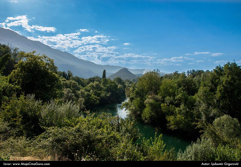 Река Зета