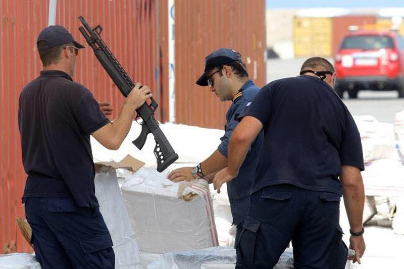 оружје-за-мигранте1