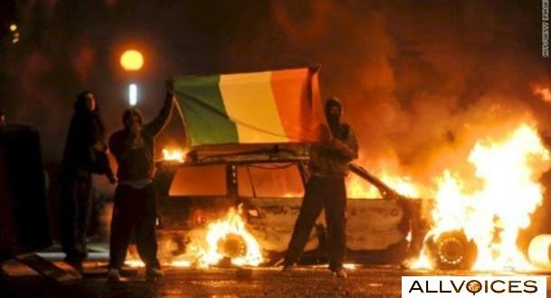Belfast riots: More video of 'Molotov cocktail' battles in N. Ireland 1