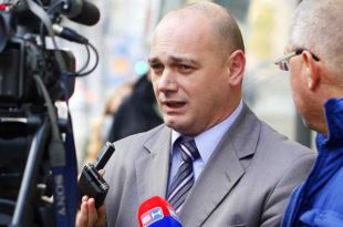 Крстимир Пантић: Албанци користе оружје, а ми оловку 8