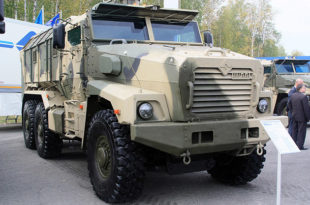 """Ново оклопно борбено возило """"Урал-63095"""" које је отпорно на осам килограма тротила"""