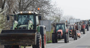 Пољопривредници радикализују протест 6