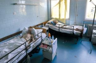 Србија: За месец дана 71 преминуо од короне и 8.500 од других болести