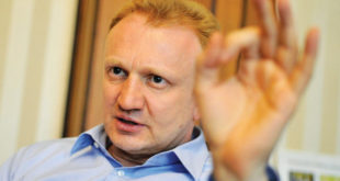 Ђилас тражи Тадићеву оставку 6