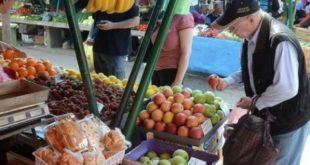 Воће и поврће купујемо на комад 6