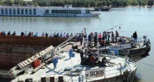 "Радници ""Дунав група агрегати"" поново блокирали Дунав 9"
