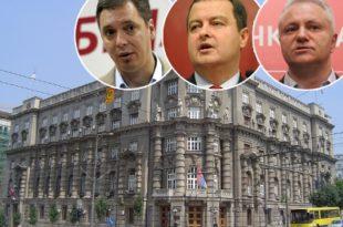 Влада Србије наставља да ради против Устава и закона