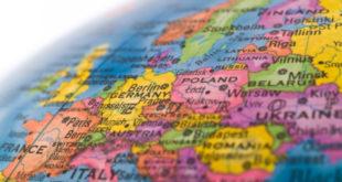 Прекинут банкарски блицкриг на европски Исток 1