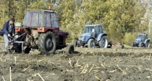 Пољопривреда у проблемима: Прошлу годину завршили у минусу од милијарду динара