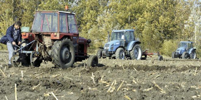 Пољопривреда у проблемима: Прошлу годину завршили у минусу од милијарду динара 1