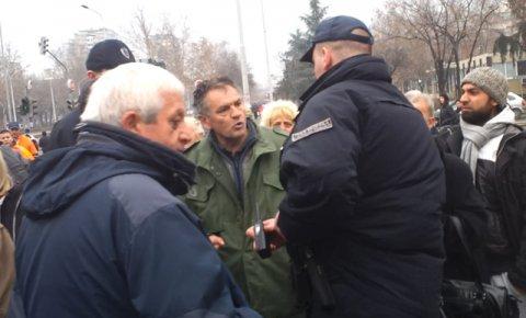 Комунални полицајци тукли избеглицу! (видео) 1