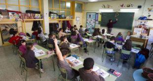 У 2020. години у просвети без посла остало 2.700 наставника