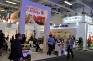 Берлин мирише на српске јабуке