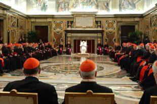 Педери истерали папу из Ватикана 2
