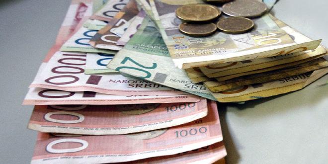 Просечна плата све ближа минималцу