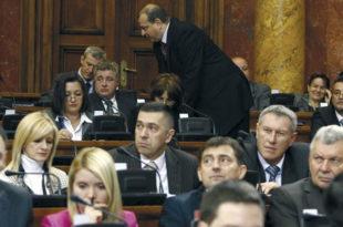 1.3 милиона грађана нема своје представнике у парламенту