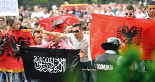 Македонија: шиптарски терористи преузели одговорност за бомбашке нападе на полицију! 12