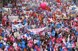 У Паризу масовни протести против хомосексуалних бракова (фото)