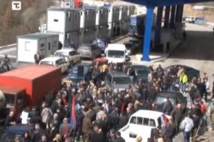 Срби на Jарињу: Не прихватамо противуставна решења (видео)