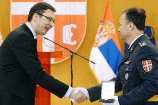 Прско: Морамо да имамо јаку Војску да нам неко нешто не узме а поклонио терористи 18% Србије?!