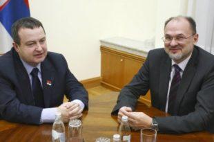 """Катастрофа: Кацин каже да Србија сада има """"праву владу"""""""