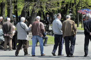У Србији милион људи моли за помоћ