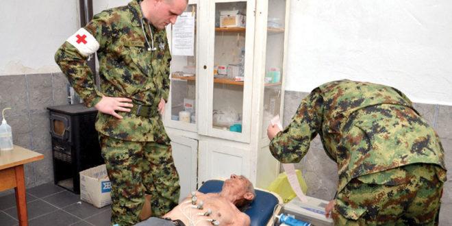 Бабушница: Војни лекари у посети становницима села