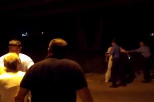 Режимски терор: СНС активисти поново напали РАДИКАЛЕ у Батајници (видео)