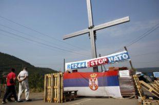 Срби са севера Косова прете барикадама
