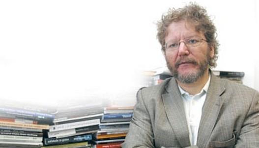 Слободан Антонић: Бриселски преговори заједнички домаћи задатак Тачија и Вучића (аудио)