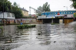 Суботица: Потопљено пола града