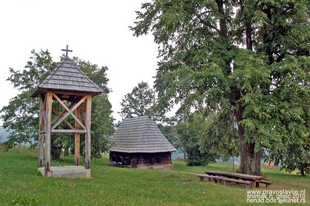 Црква брвнара Таково