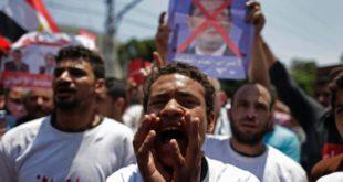 Египатска војска стрпала Мохамеда Мурсија у кућни притвор 4