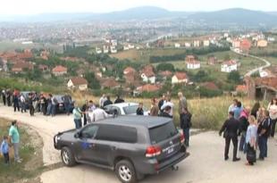 Протест Срба због градње кућа за шиптаре у Брђанима