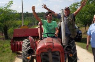 Вози Новак тракторче...(фото)