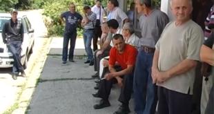 Радници Жупе штраjкуjу глађу и наjављуjу радикалниjе мере (видео) 5