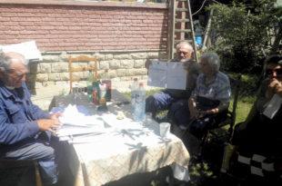 Косово Поље: Шиптари трасирају пут кроз отете српске оранице