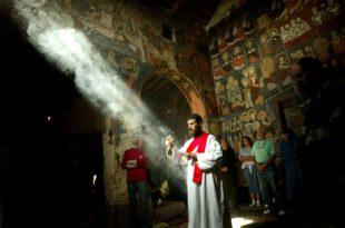 Сирија: Исламисти масовно убијају хришћане: цивиле, децу, свештенике … (видео)