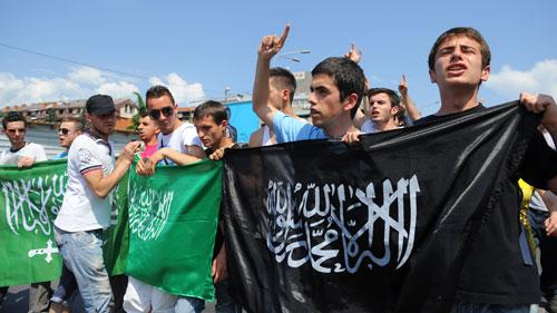 Радикални ислам на Балкану (2): Зло осмишљено у Бечу и Милану