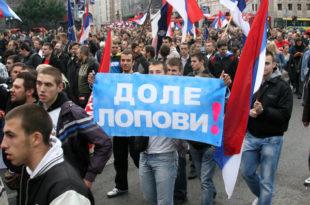 Вучић задужио Србију за преко 12 милијарди евра и сваког грађанина за 1.700 евра