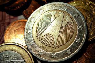 Немачка на кризи еврозоне профитирала више десетина милијарди евра