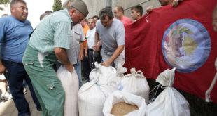Пољопривредници траже измену уговора са УАЕ! 8