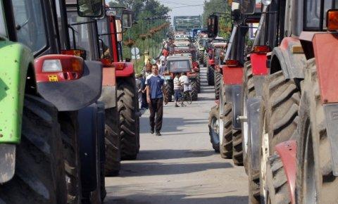 Режим блокирао паоре на улазу у Београд, укинуо уставно право на протест и слободу кретања 1