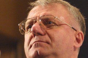 Хашка инквизиција одложила Шешељу пресуду на неодређено време