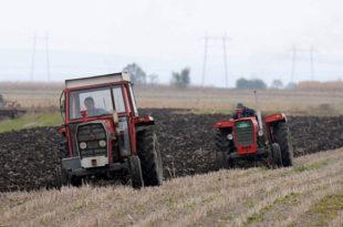 Пољопривредници траже да председник Србије не потпише Закон о пољопривредном земљишту 4