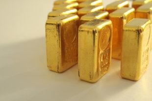 Орбан нешто зна: Скупља и враћа злато из Лондона