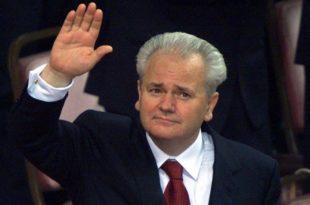 Данас се навршава 13 година од државног удара и пада Слободана Милошевића