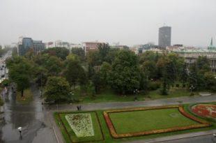 Изађи па прошетај буздованчино Бајчетинска! Николић би колима кроз Пионирски парк на посао